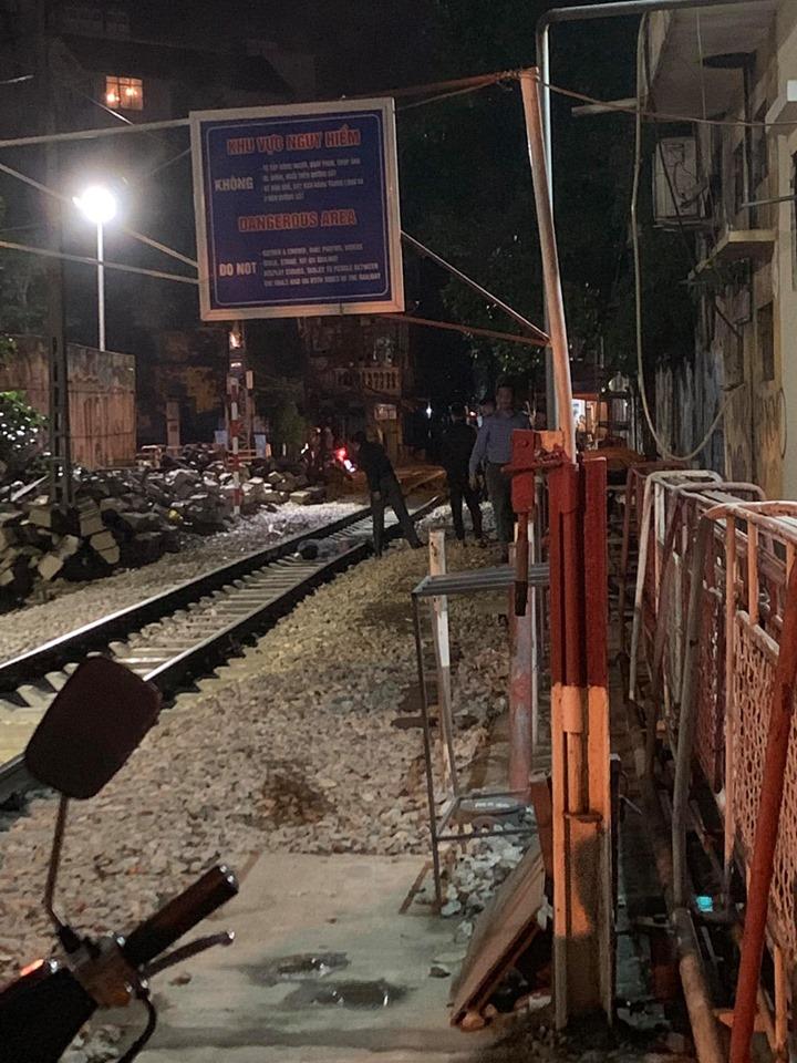 Người đàn ông bị tàu hỏa tông tử vong gần phố cà phê đường tàu - 1