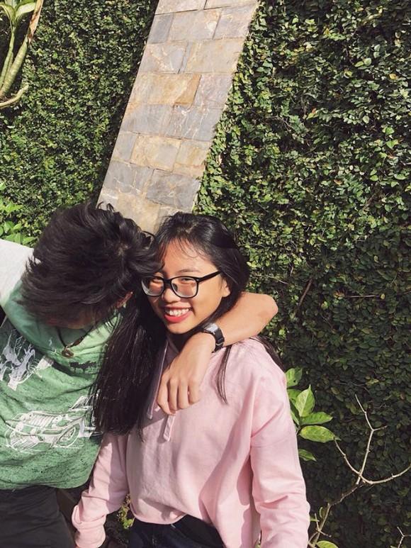 Phương Mỹ Chi lên tiếng về tin đồn hẹn hò con trai nuôi Quang Lê - 1