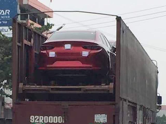 Bắt gặp Mazda3 2019 trên đường vận chuyển về đại lý, chuẩn bị cho sự kiện ra mắt vào tuần sau