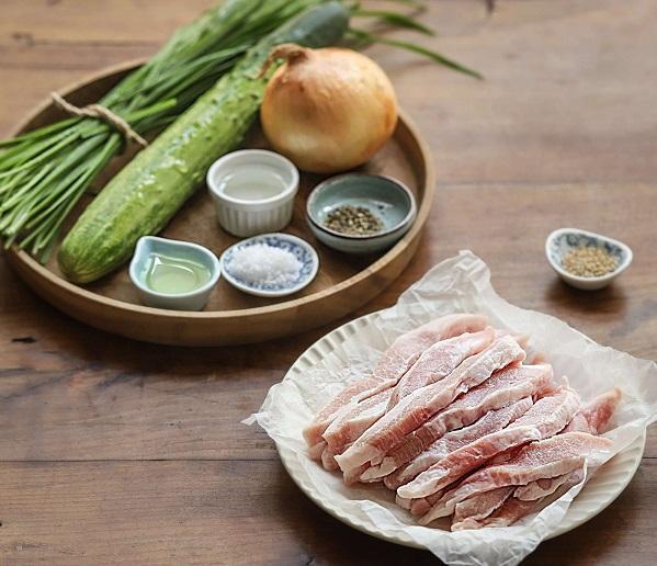 Học người Hàn làm món thịt trộn siêu tốc, cả nhà ăn khen không hết lời - 1