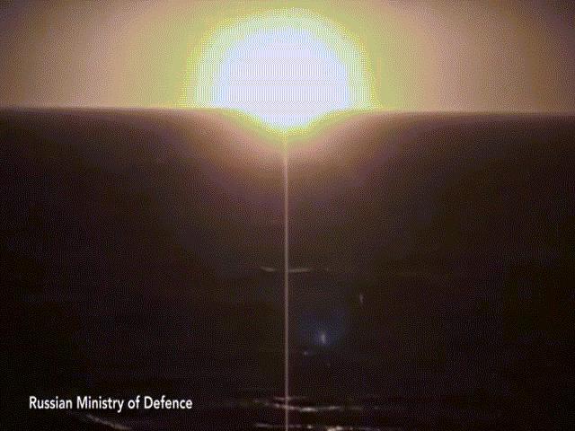 """Nga đưa đội tàu ngầm hạt nhân hùng hậu đến Đại Tây Dương """"nắn gân"""" Mỹ"""