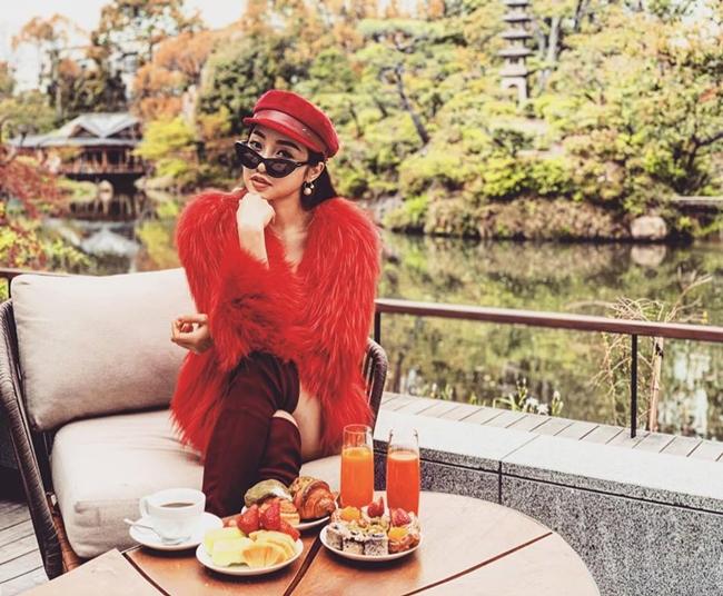 Đặc biệt, phong cách thời trang của bạn gái Chi Bảo cũng được nhiều cô gái trẻ ngưỡng mộ.