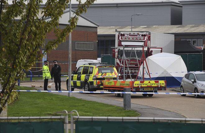 Có người Việt trong 39 thi thể trên container: Đại sứ quán Việt Nam tại Anh lên tiếng - 1