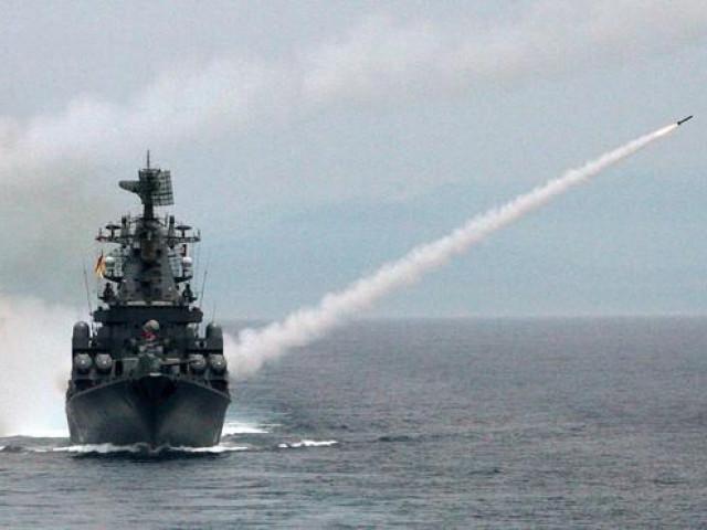Căn cứ quân sự bị tấn công, Nga phản đòn, phiến quân Syria 'lĩnh đủ' tên lửa
