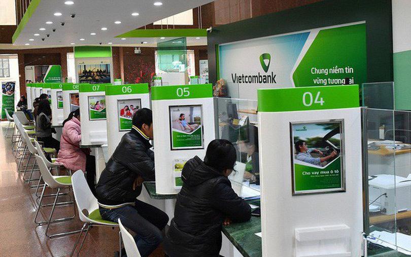 """Ngành ngân hàng """"dậy sóng"""", đế chế ngân hàng lớn nhất Việt Nam vượt """"đỉnh"""" lịch sử - 2"""