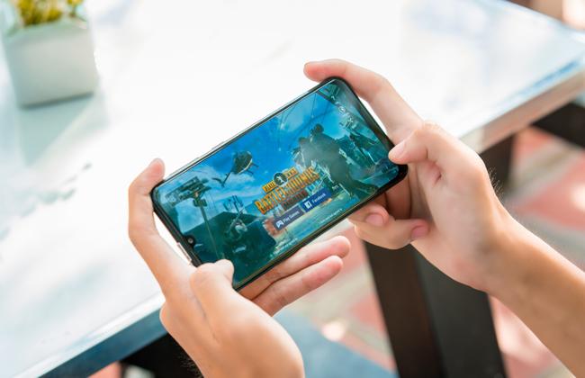 Galaxy M30s được xem là phiên bản nâng cấp mạnh mẽ của chiếc Galaxy M30 ra mắt vào hồi tháng 2 đầu năm vừa rồi với nhiều cải tiến tới từ camera, thời lượng pin và cả hiệu năng.