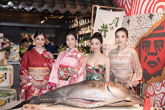 Chẳng cần tới Nhật, Đỗ Mỹ Linh, Tiểu Vy vẫn có thể thưởng thức sushi đẳng cấp - 1
