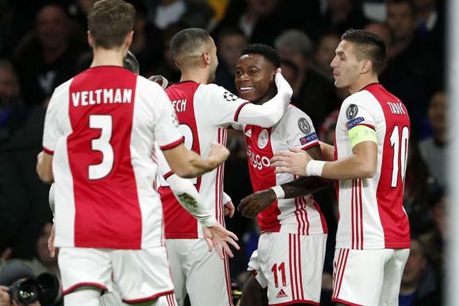 Kết quả bóng đá cúp C1 Chelsea - Ajax: 8 bàn, 2 thẻ đỏ & màn rượt đuổi điên rồ - 1