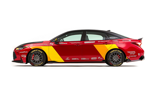 Toyota Avalon TRD Pro Concept trình làn, nhanh hơn cả Porsche 911 Carrera hay Audi R8 - 2