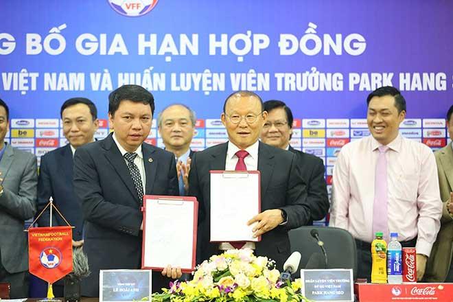 Họp báo gia hạn hợp đồng HLV Park Hang Seo: Đặt tham vọng lớn cho ĐT Việt Nam - 1
