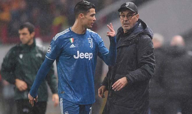 Ronaldo suy giảm ở tuổi 34: HLV Sarri ra tối hậu thư, thời dự bị sắp đến? - 1