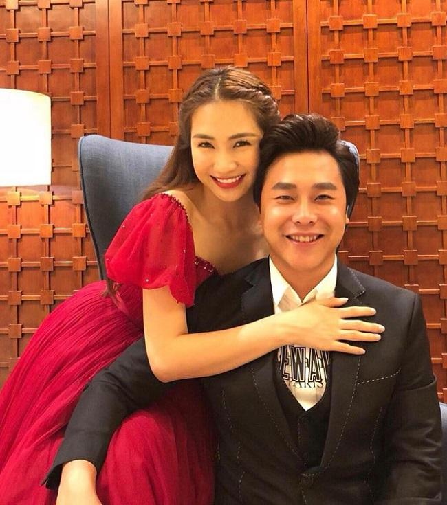 Đến tháng 3/2018, Hòa Minzy công khai bạn trai mới là Nguyễn Minh Hải, sinh năm 1988 và là một doanh nhân thành đạt. Từ khi công khai tình cảm, chuyện tình của cặp đôi luôn nhận được sự quan tâm của người hâm mộ. Đặc biệt, Minh Hải rất cưng chiều Hòa Minzy.