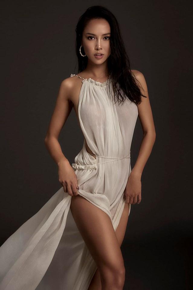 """""""Nàng Quyên"""", Ninh Dương Lan Ngọc mê váy lộ lườn - 1"""