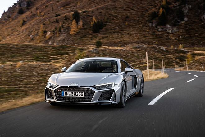 Audi giới thiệu R8 hệ dẫn động cầu sau thay vì 4 bánh quattro - 7