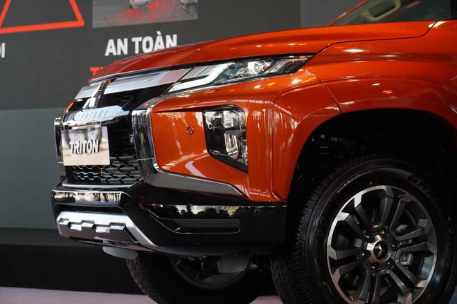Cận cảnh Mitsubishi Triton bản full option, giá bán 865 triệu đồng - 7