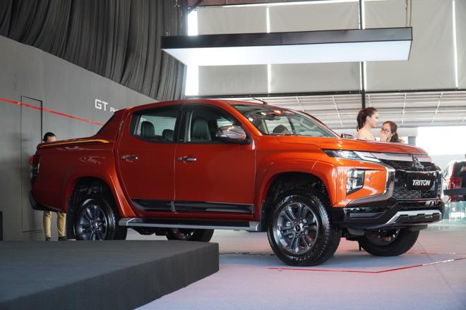 Cận cảnh Mitsubishi Triton bản full option, giá bán 865 triệu đồng - 1