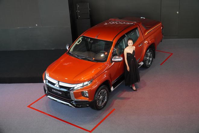 Cận cảnh Mitsubishi Triton bản full option, giá bán 865 triệu đồng - 3