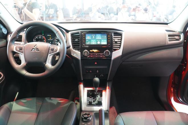 Cận cảnh Mitsubishi Triton bản full option, giá bán 865 triệu đồng - 4