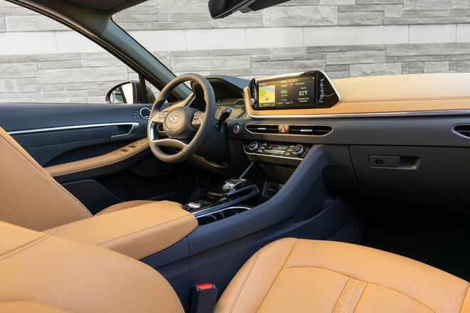 Hyundai Sonata thế hệ mới thêm nhiều trang bị, giá từ 542 triệu đồng - 7