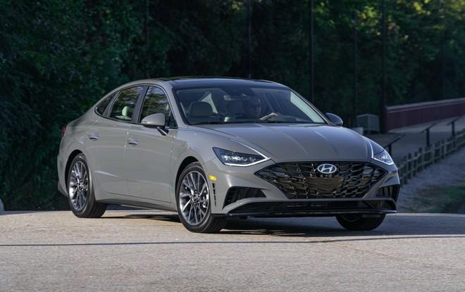 Hyundai Sonata thế hệ mới thêm nhiều trang bị, giá từ 542 triệu đồng - 1