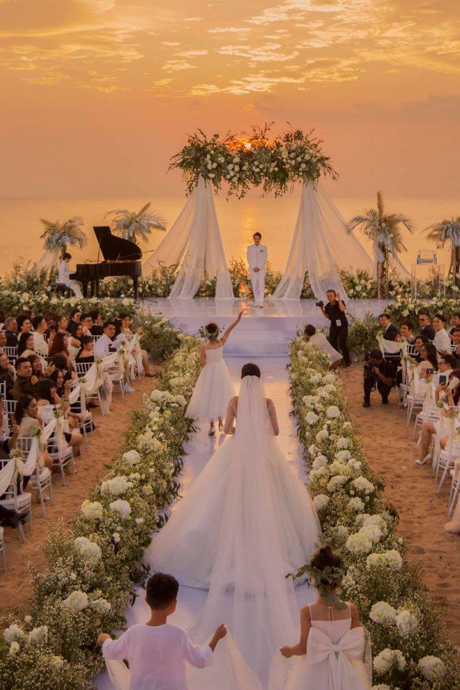 """Thực đơn """"siêu khủng"""" trong đám cưới Đông Nhi, toàn sơn hào hải vị - 1"""