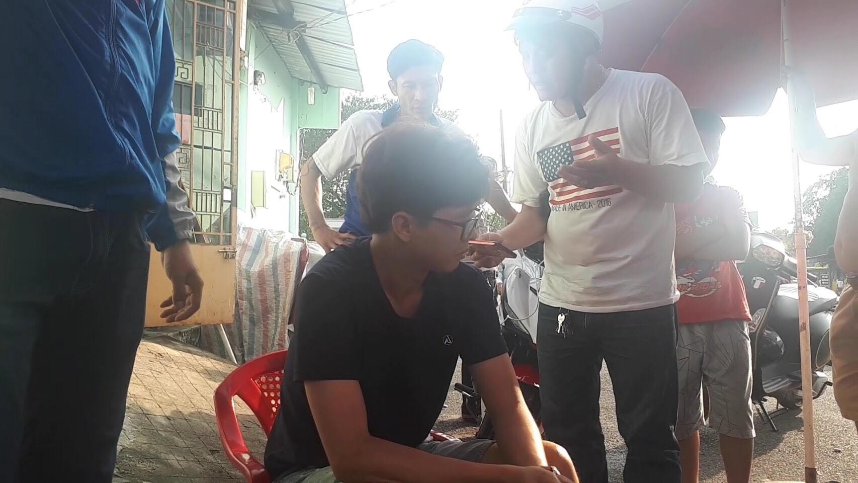 """""""Hiệp sĩ"""" Nguyễn Thanh Hải giúp cô gái trẻ bắt đối tượng dùng """"ảnh nóng"""" tống tiền - 1"""