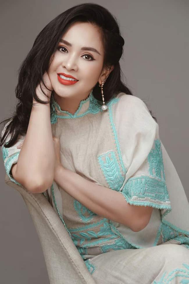 Thanh Lam vẫn được nhắc đến là một người đàn bà đẹp trong làng nhạc Việt.