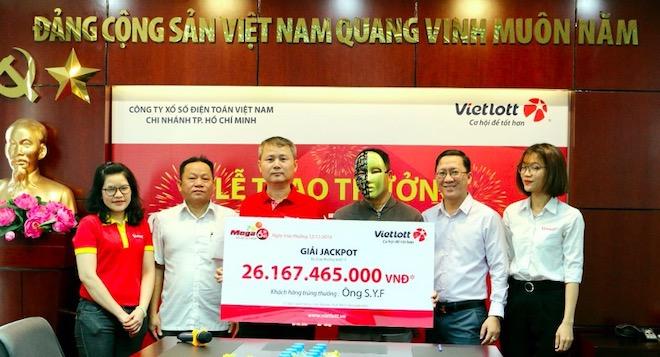 Một người nước ngoài trúng jackpot hơn 26 tỉ đồng của Vietlott - 1
