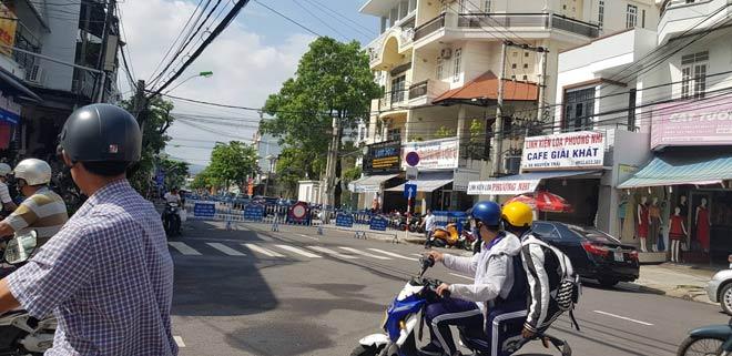 Xét xử vợ chồng LS Trần Vũ Hải: Luật sư bào chữa bị đưa ra khỏi tòa - 1