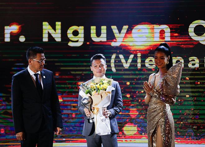 Bóng đá Việt Nam chinh phục giấc mơ lớn: Quang Hải và bộ phim truyền cảm hứng - 1