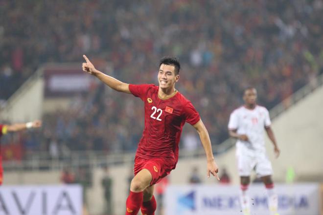 Việt Nam thắng UAE thăng tiến bảng xếp hạng FIFA: Bao giờ vượt Trung Quốc? - 1