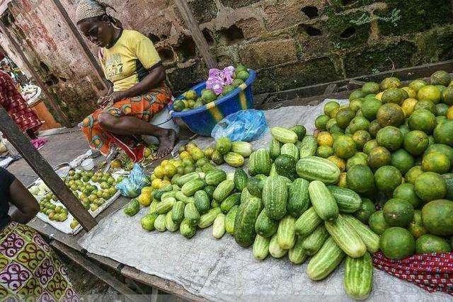 Hốt hoảng trước những thực phẩm nhìn thôi đã thấy sợ ở chợ châu Phi - 9