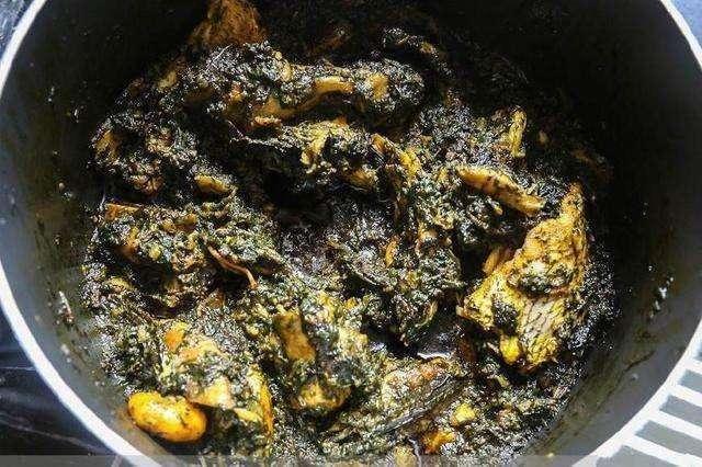 Hốt hoảng trước những thực phẩm nhìn thôi đã thấy sợ ở chợ châu Phi - 8