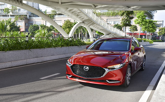 """Mazda3 thế hệ mới vượt qua Toyota Altis và Honda Accord để giành giải """"Xe của năm 2019"""" - 6"""
