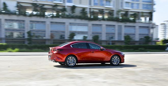 """Mazda3 thế hệ mới vượt qua Toyota Altis và Honda Accord để giành giải """"Xe của năm 2019"""" - 4"""