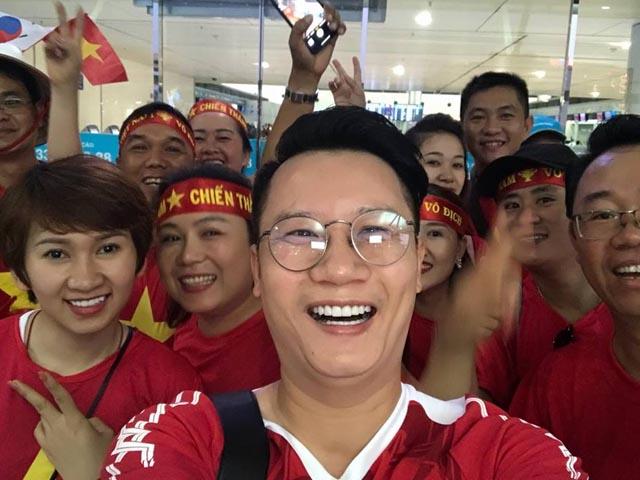 VN hòa Thái Lan, sao Việt phát cuồng gọi tên Đặng Văn Lâm