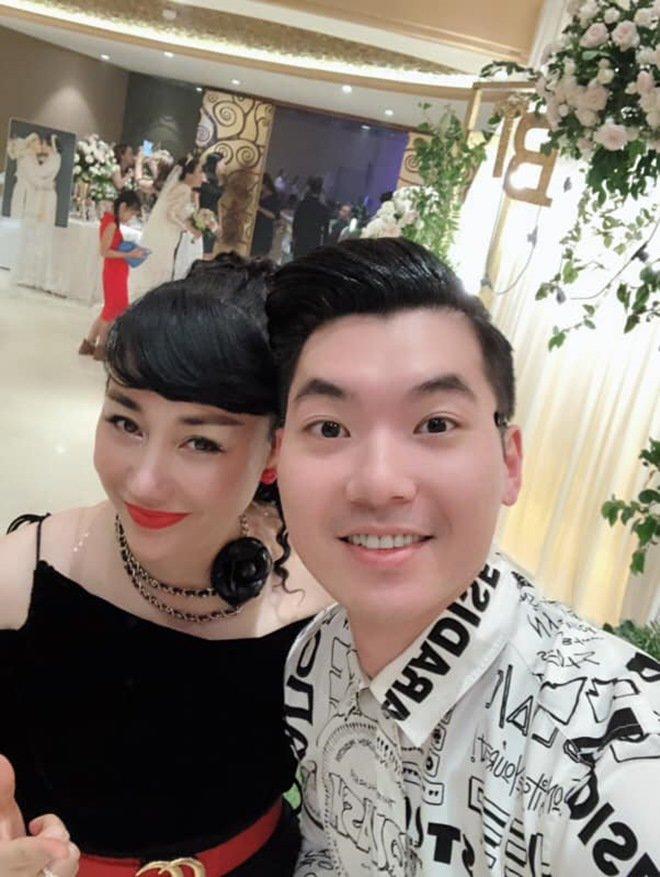Trương Nam Thành lấy đại gia Hà Nội hơn 15 tuổi: Ở biệt thự, đi xe sang, lại thêm song hỷ - 1
