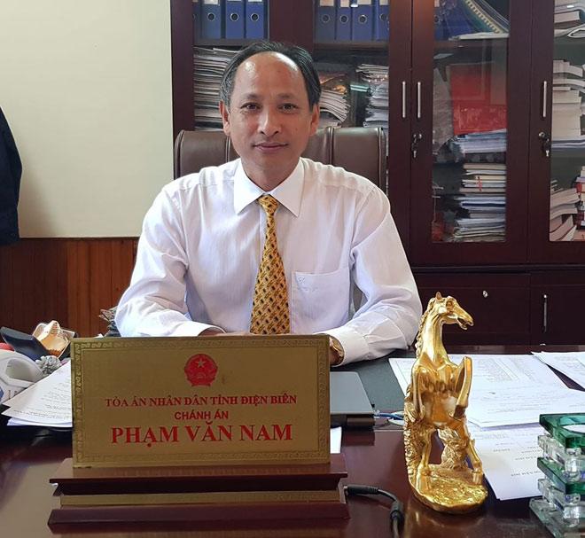Chánh án tòa Điện Biên thông tin 'nóng' trước phiên xử mẹ nữ sinh giao gà - 1