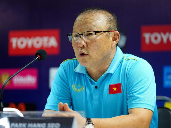 Phỏng vấn thầy Park: Vì sao Quang Hải vượt Trọng Hoàng, Hùng Dũng đeo băng thủ quân? - 1
