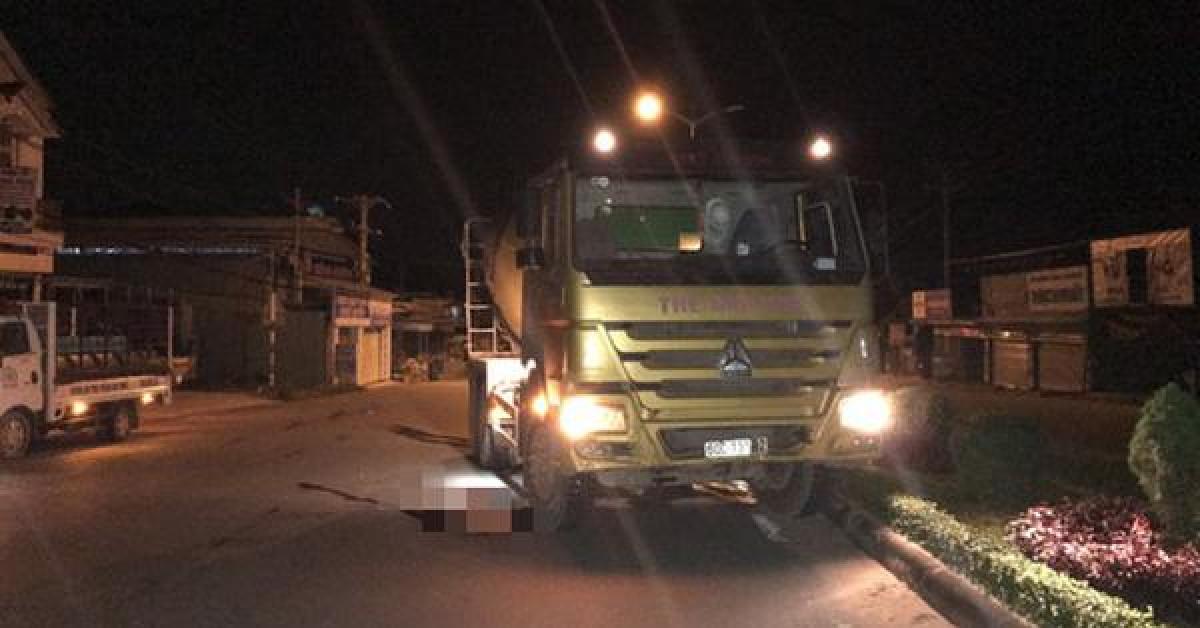 Người đàn ông không mặc quần áo tông vào xe bồn tử vong ở Phú Quốc