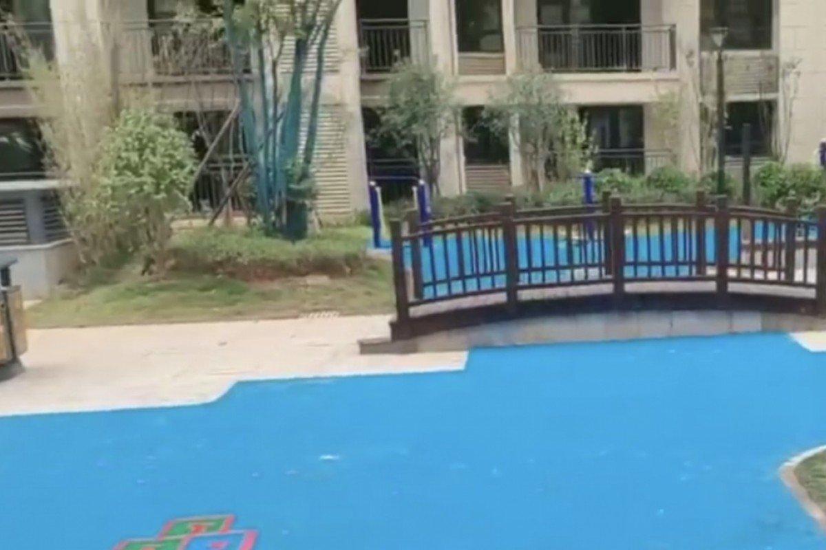 """TQ: Mua chung cư với lời hứa """"cảnh quan công viên"""", sốc với cảnh khi nhận nhà - 1"""