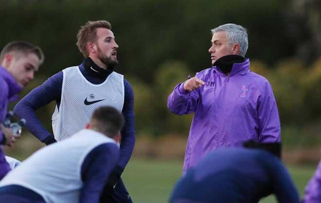 """Đội hình Tottenham thời Mourinho: Sơ đồ """"tủ"""" hay 3-4-3 cách tân? - 1"""