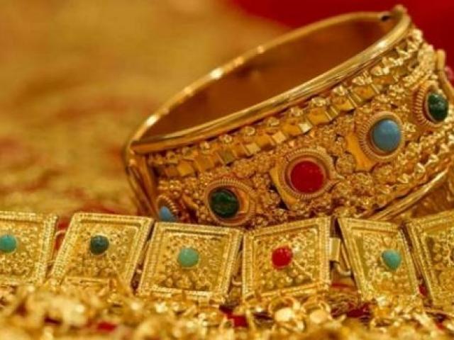 Giá vàng hôm nay 25/11: Tuần mới, vàng bứt phá hay giảm sâu?