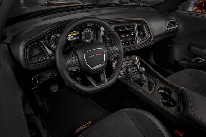 Dodge Challenger phiên bản đặc biệt kỷ niệm 50 năm dòng xe cơ bắp biểu tượng - 7
