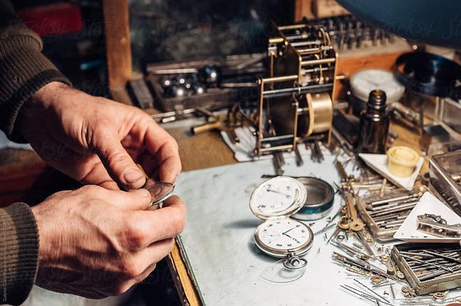 Một vài mẹo hữu dụng của Boss Luxury trong việc bảo dưỡng đồng hồ cao cấp - 1