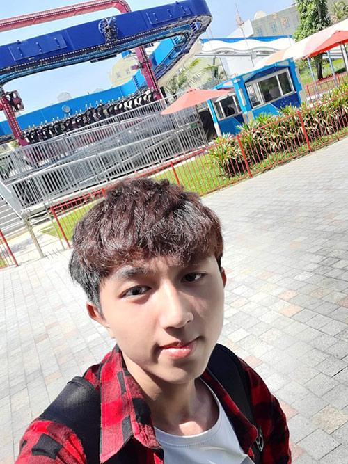 Chàng hotface 10X Đà Nẵng: 'Chỉ cần được đàn hát ca khúc mình yêu thích là hạnh phúc lắm rồi'' - 1