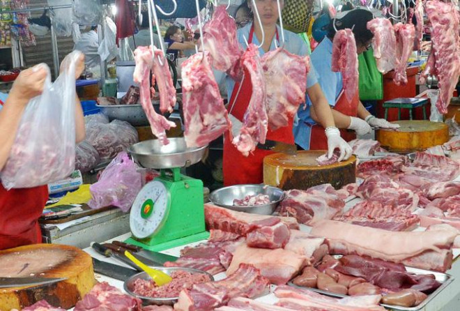 Giá thịt heo đẩy CPI tháng 11 tăng kỷ lục trong 9 năm - 1