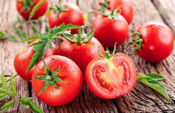 Bất ngờ với công dụng chống lão hóa da của cà chua - 1