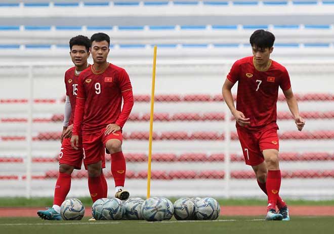 HLV Park Hang Seo cấm cửa ngôi sao lạ xem U22 Việt Nam tập đấu Indonesia - 1