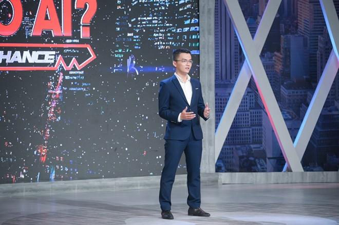 Chàng trai có ngoại hình giống Quang Hải nhận được mức lương đặc biệt - 1